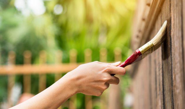 Comment bien entretenir une terrasse en bois
