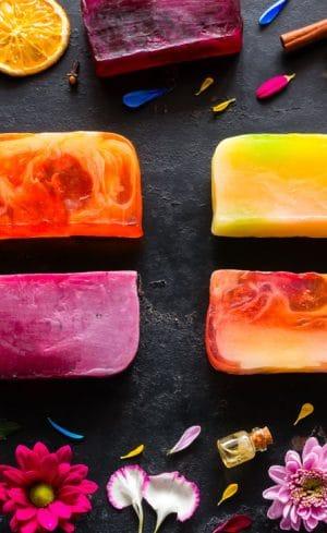 Fabriquez votre savon maison aux arômes envoutants
