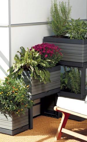Solutions ingénieuses pour jardiner sur son balcon